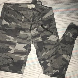 4127b0817b1d8 🌟BUY ONE GET ONE FREE 🌟 Jolt Camouflage Joggers